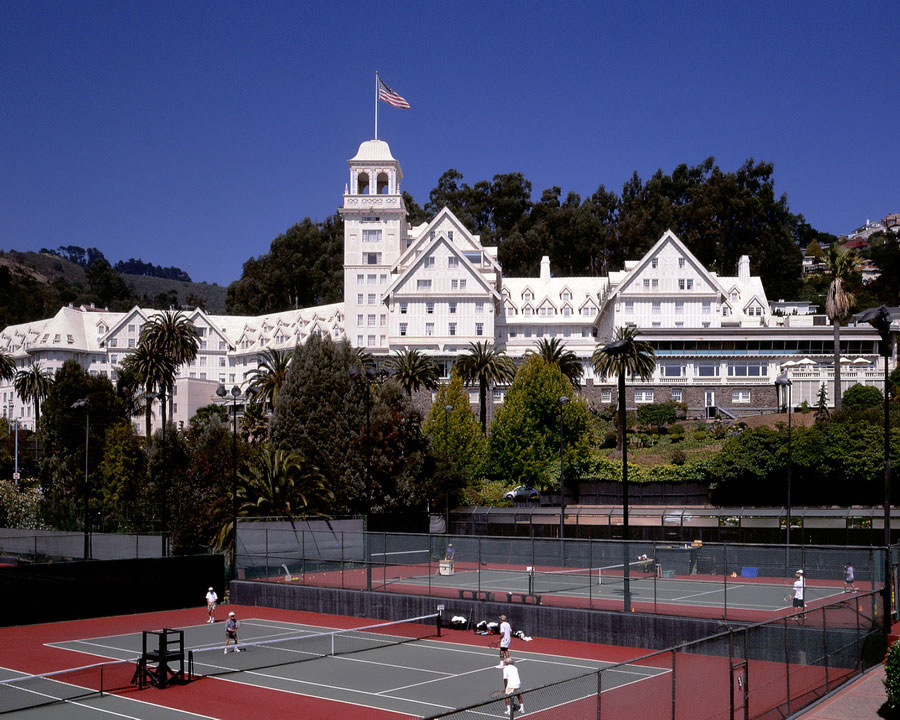 The Claremont Hotel exterior and tennis courts (image courtesy of The Claremont).